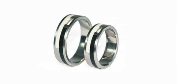 Gatti – Titán/Ébenfa/Kerámia – Karikagyűrű, jegygyűrű