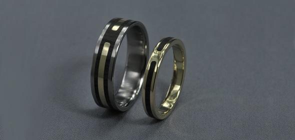 Panny – Titán/ Sárga arany/ Ébenfa – Jegygyűrű, karikagyűrű