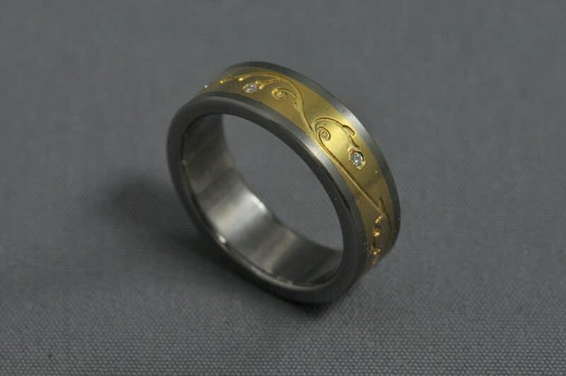 Inda folk – Titán/Sárga arany/ Gyémánt – Jegygyűrű, karikagyűrű