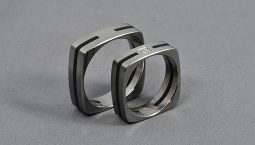 Ében-Ív – Titán/Ébenfa/Gyémánt – Karikagyűrű,Jegygyűrű
