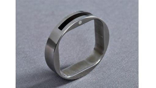 Rivet – Titán / Ébenfa / Ezüst – karikagyűrű, jegygyűrű